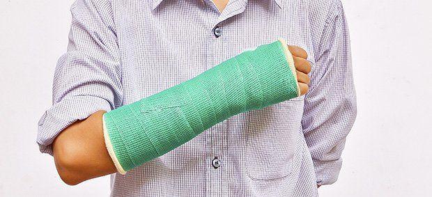 Перелом лучевой кости руки в типичном месте, виды, лечение ...